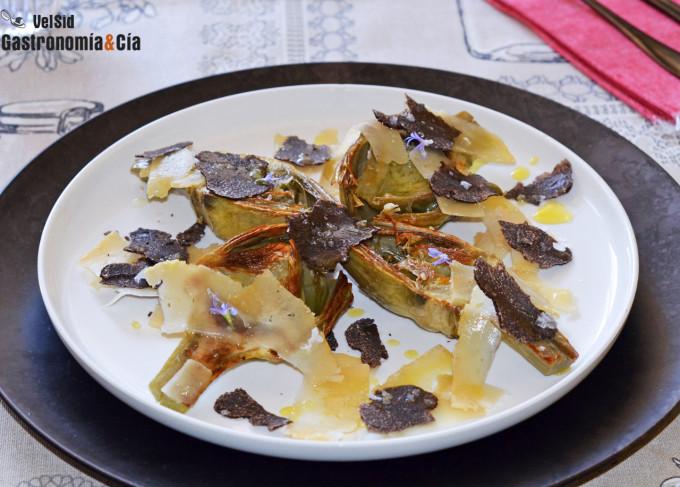 Alcachofas tostadas con queso viejo de cabra y trufa ne