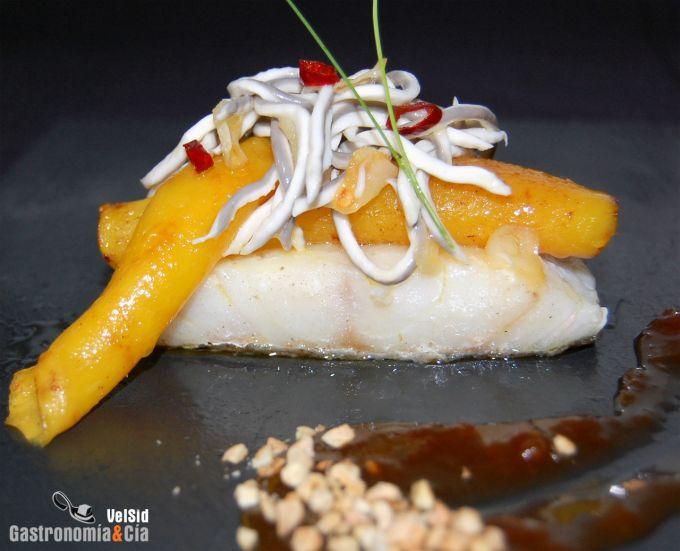 Bacalao con mango y gulas