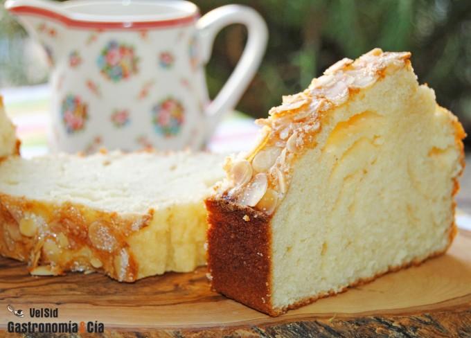 Bizcocho de an s y almendra for Bizcocho de yogur y almendra