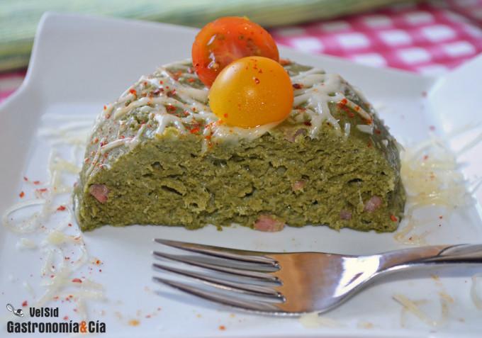 Bowlcake de kale, jamón y queso
