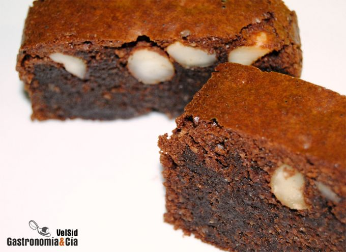 Brownie de chocolate y nueces de macadamia