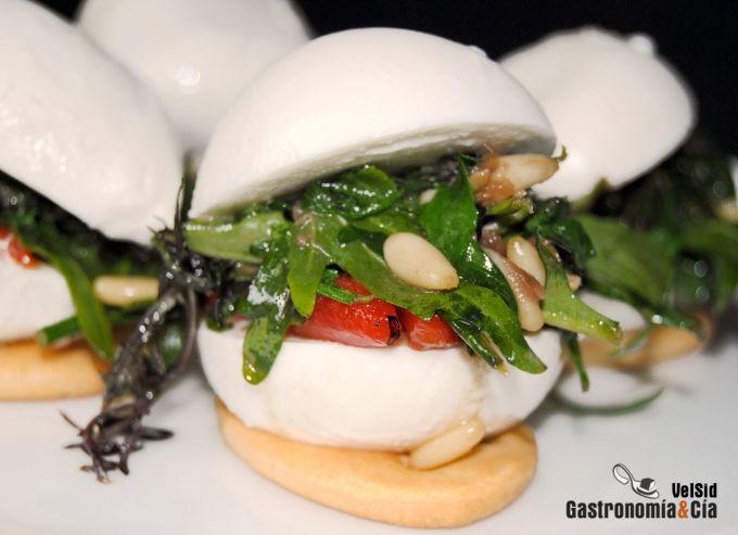 http://www.gastronomiaycia.com/wp-content/photos/bucconcini_relleno1.jpg