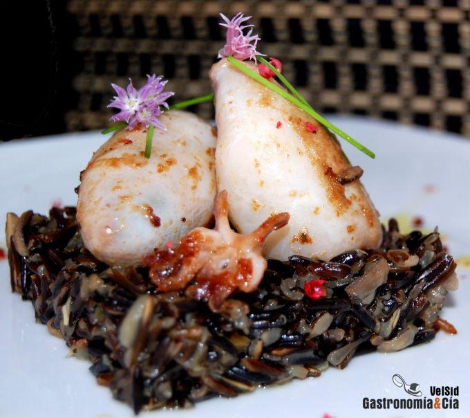 Calamares rellenos con arroz salvaje