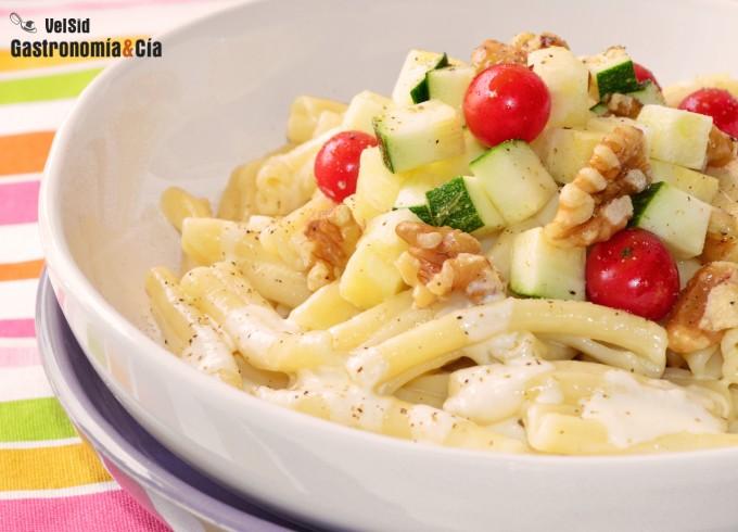Pasta con calabacín, crème fraîche, parmesano y trufa