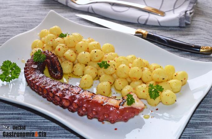Chicche de patata con pulpo a la parrilla y trufa
