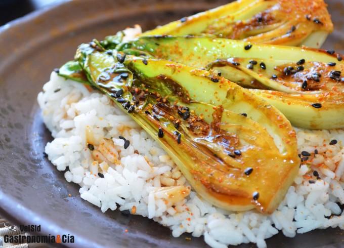 Cogollos de pak choi con arroz basmati