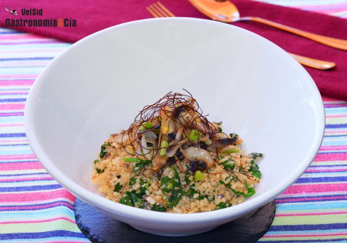 Arroz de coliflor con espinacas y champiñones