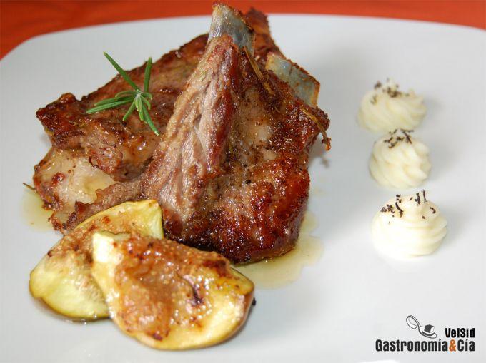 Ocho recetas con costillas de cerdo para chuparte los dedos - Patatas con costillas de cerdo ...