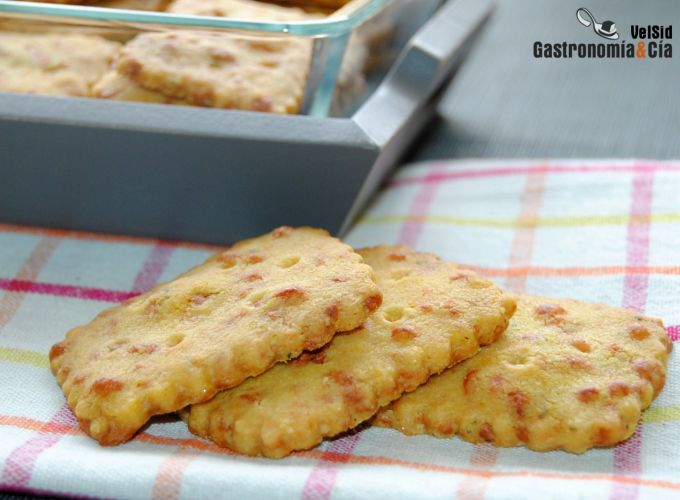 Galletas crujientes de queso