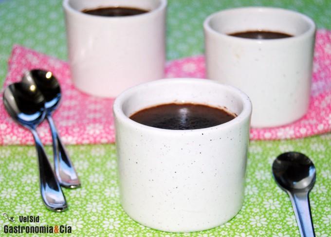 Cuajada de chocolate ligera