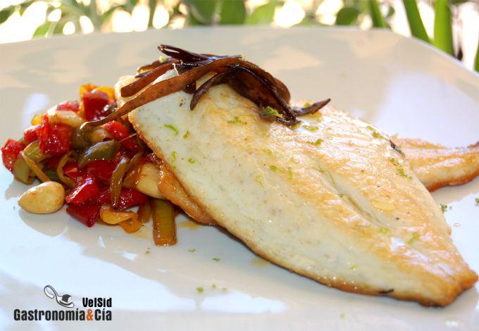 Dorada con verduritas salteadas y espagueti de mar