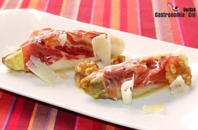 Endibias braseadas con jamón ibérico