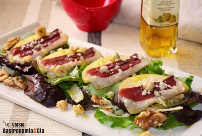 Ensalada con jamón de pato y pecorino trufado