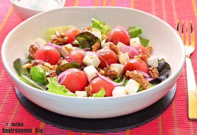 Salade de vinaigrette pastèque, feta et figue