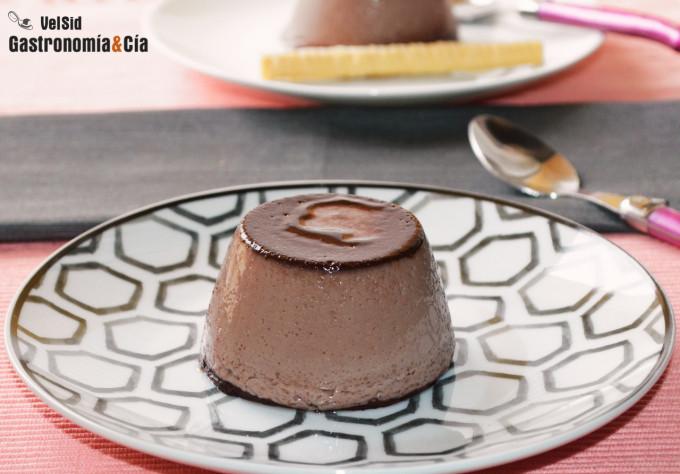 Cómo hacer un flan de chocolate delicioso en menos de d