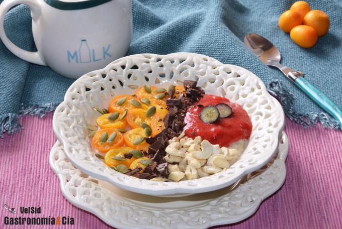 Porridge con kumquat y mermelada de fresa