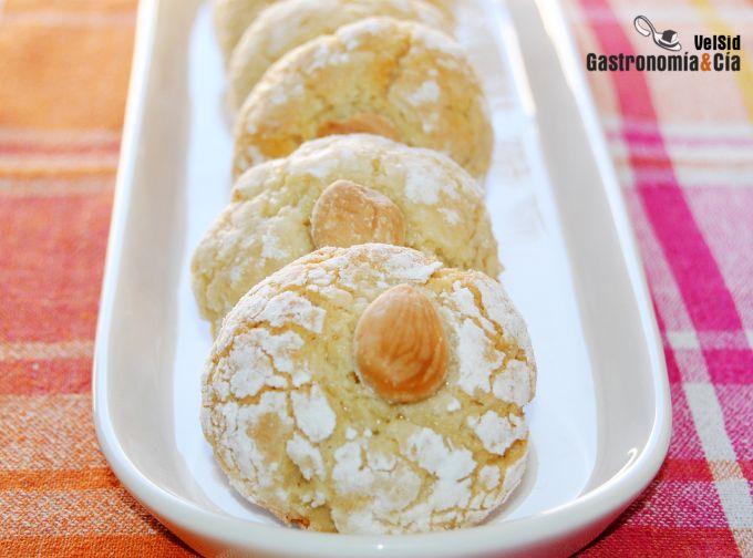 Receta de galletas de nata con almendras (sin huevo)