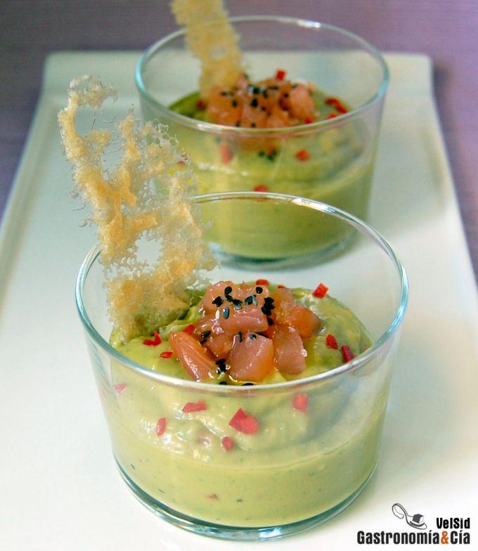 Guacamole con salmón marinado