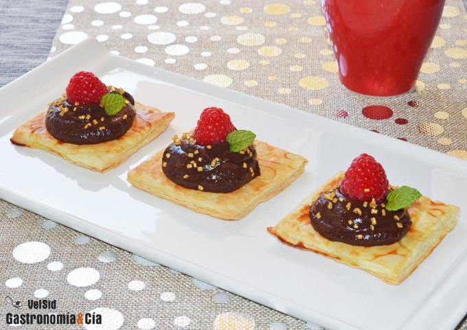 Hojaldre con tartinade de chocolate y hierbabuena