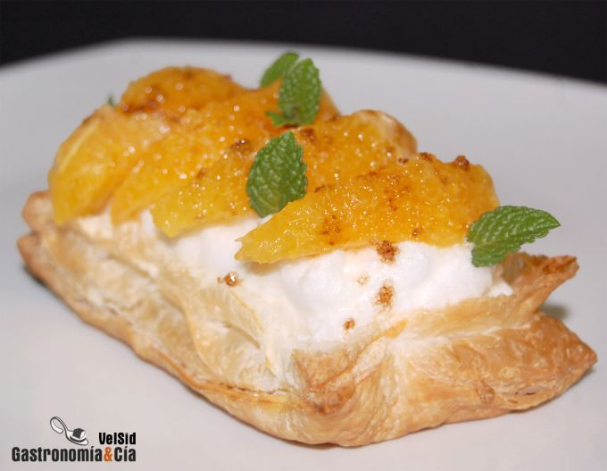 Hojaldre de merengue y naranja