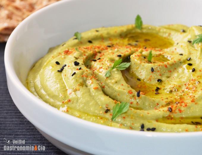 Hummus de aguacate con toque ahumado