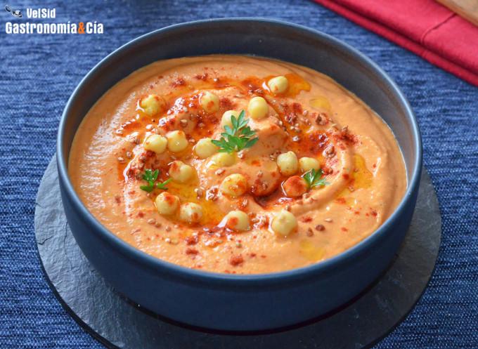 Hummus de garbanzos y pimientos asados