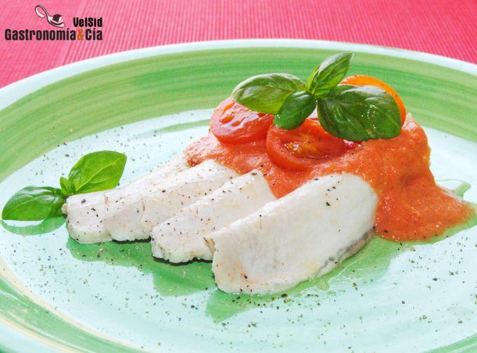 Lomo a la sal con gazpacho