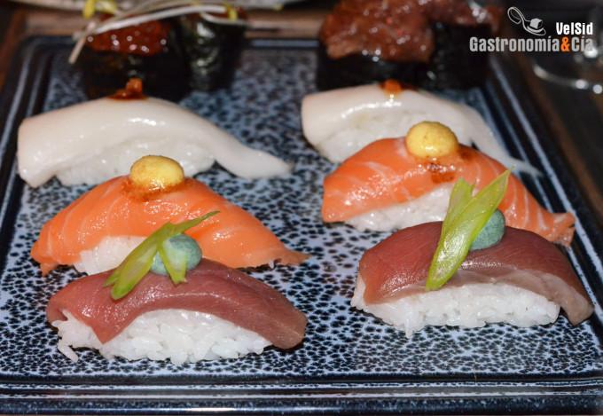 Degustación de sushi y algo más