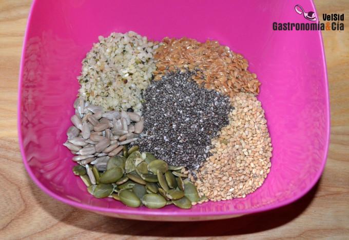 Mezcla de semillas molidas para añadir a tus comidas