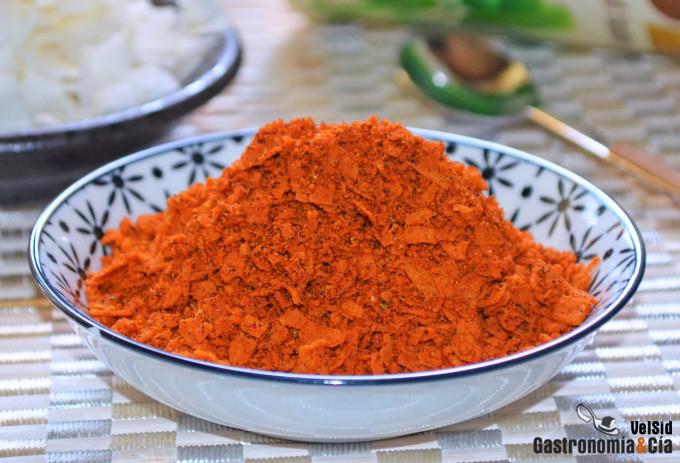 Mezcla de especias con curry, coco y cacahuete para rec