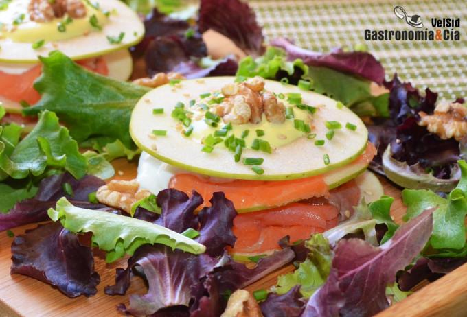 Milhojas de manzana verde y salmón ahumado