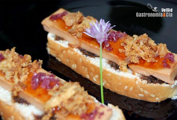 Receta de mousse de foie caramelizado con cebolla for Canape de pate con cebolla caramelizada