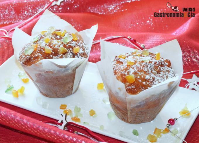 Muffins de avena con frutas confitadas para Navidad