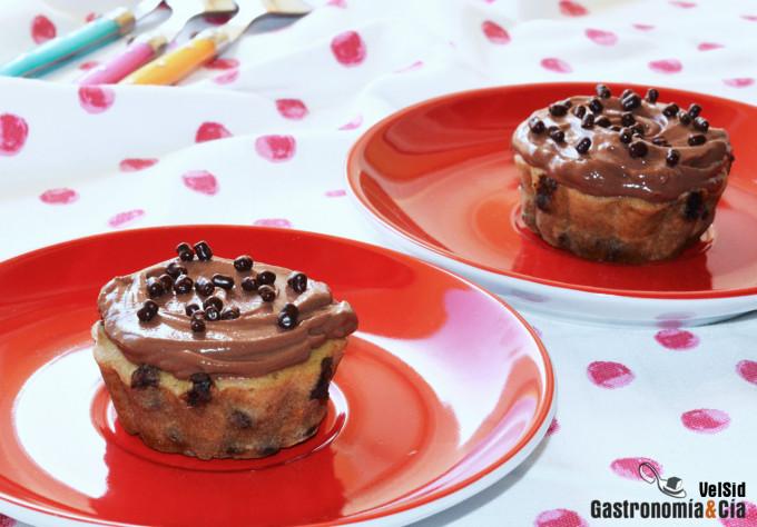 Muffins aux bananes, aux arachides et au chocolat