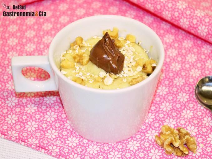 Bizcocho de avena y Nutella en taza