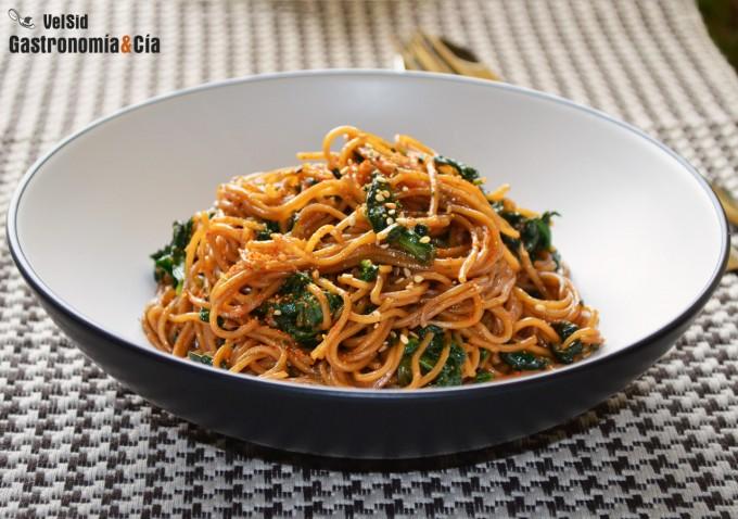 13 formas de cocinar noodles f ciles y deliciosas for Maneras de cocinar espinacas