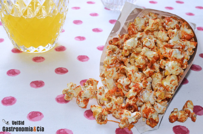 Palomitas de maíz con sriracha y cítricos