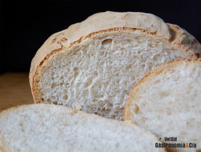 Pan blanco con masa madre de centeno