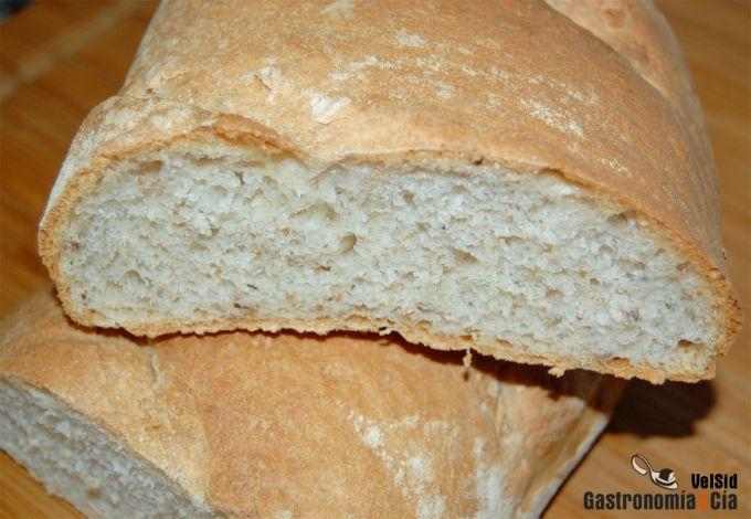Pan con cardamomo