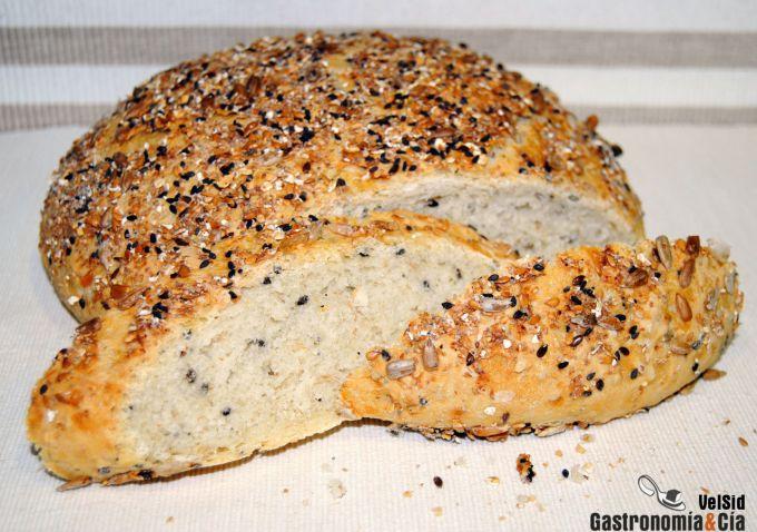 Pan redondo con semillas