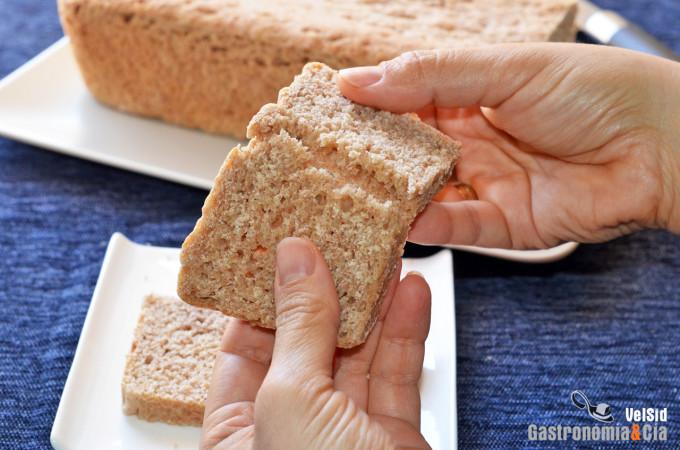 Pan de molde con anís y azahar
