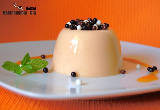 http://www.gastronomiaycia.com/wp-content/photos/pannacotta_albaricoque1.jpg