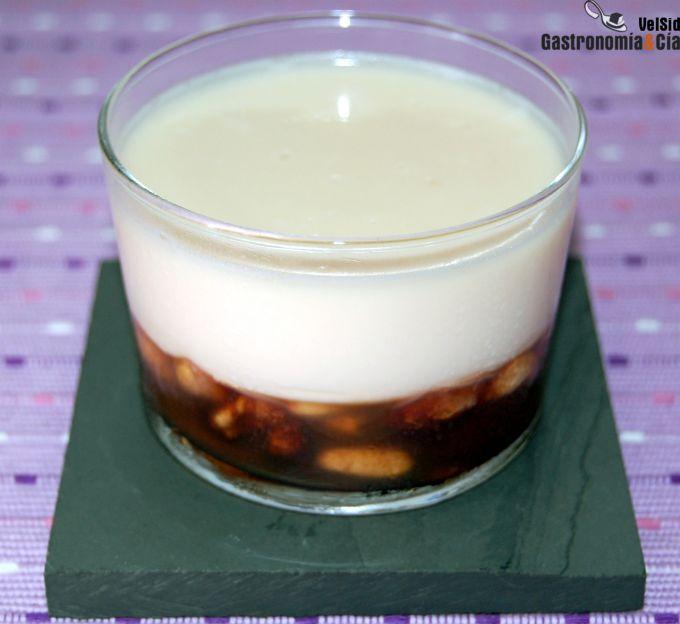 http://www.gastronomiaycia.com/wp-content/photos/pannacotta_frutos_secos.jpg