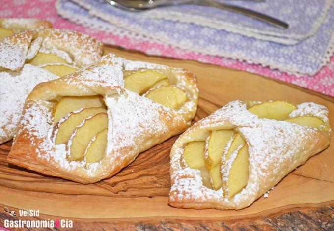 Pañuelos de hojaldre con manzana