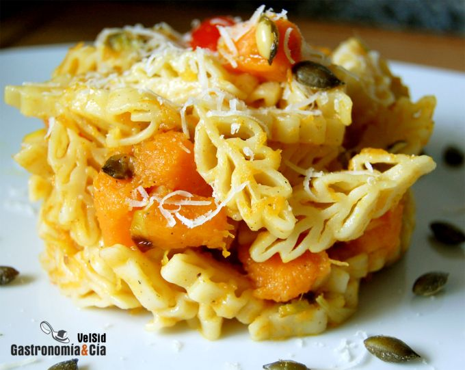 Pasta con calabaza al curry
