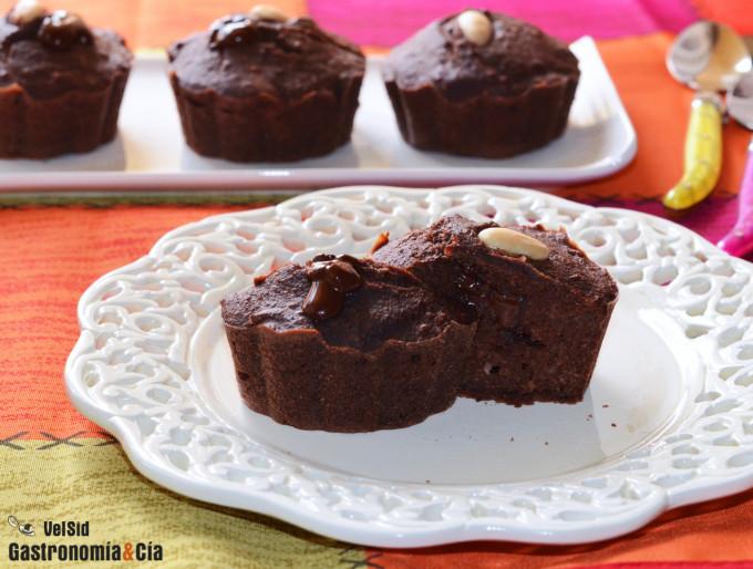 Pastelitos saludables de chocolate, avena y almendra