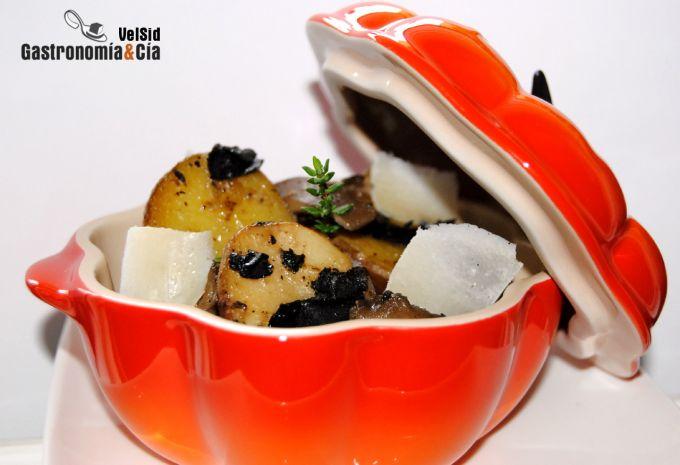 Patatas cherie con setas, trufa y parmesano