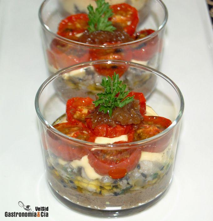 Paté de champiñones con merluza y tomatitos