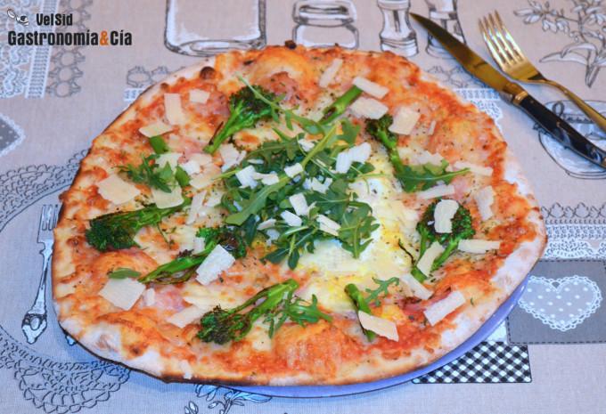 Receta de Pizza con bacon, bimi y queso