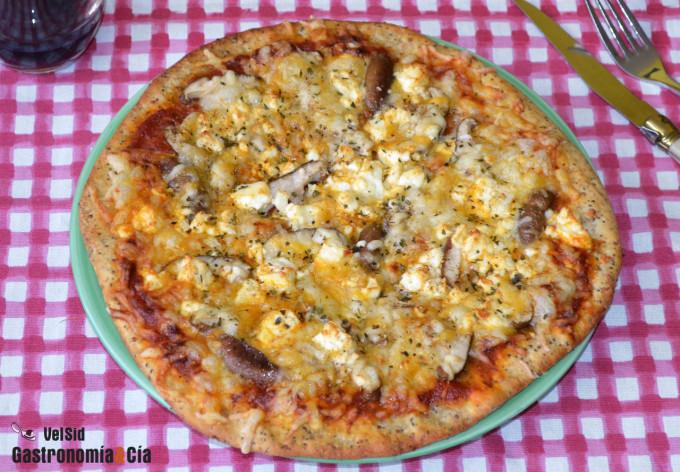 Pizza de setas shiitake y queso feta